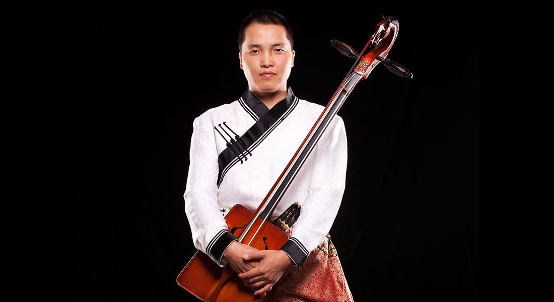 Bukhu Mongolian throat singer